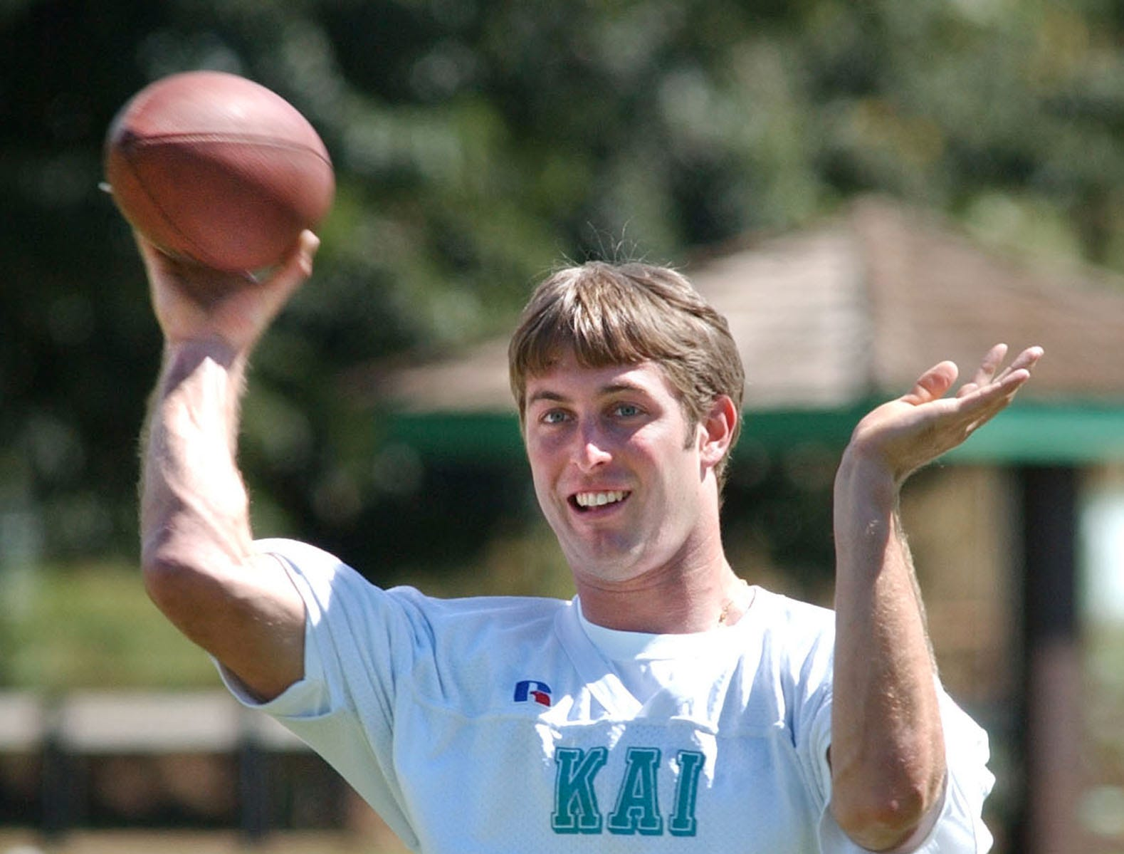 Texas Tech quarterback Kliff Kingsbury fires a pass during Hula Bowl practice Friday, Jan. 31, 2003, at Lahaina Recreation Center Field in Lahaina, Hawaii. (AP Photo/Matthew Thayer)