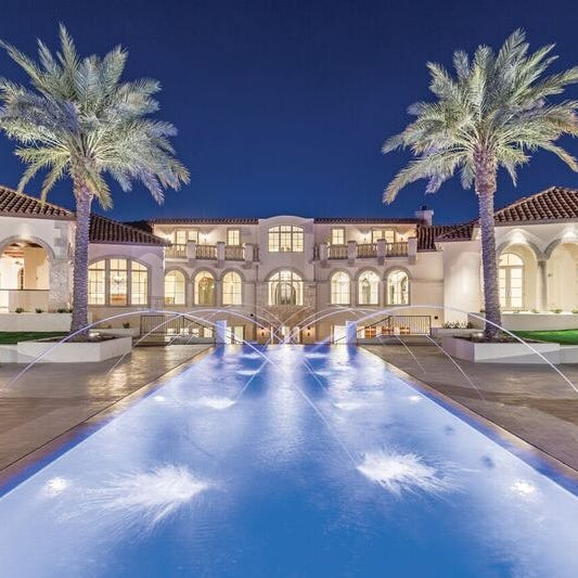 Real estate 'guru' buys $7 million Paradise Valley mansion