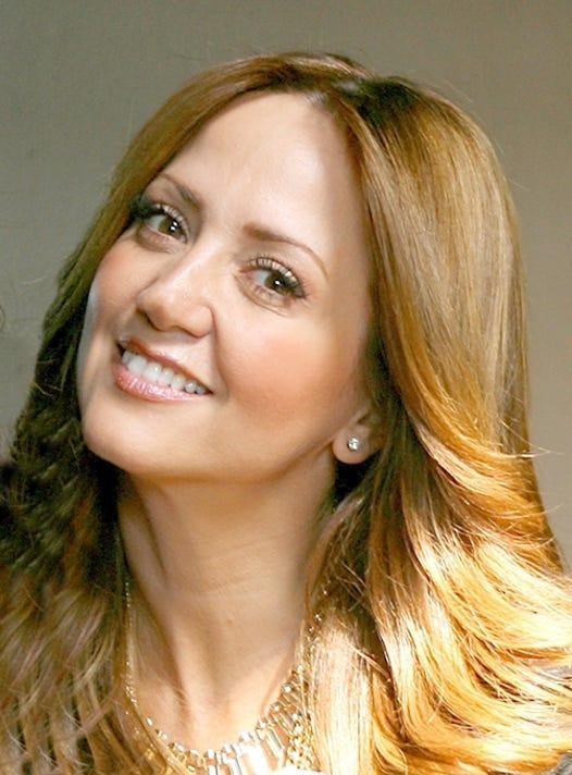 Andrea Legarreta Fco Morales