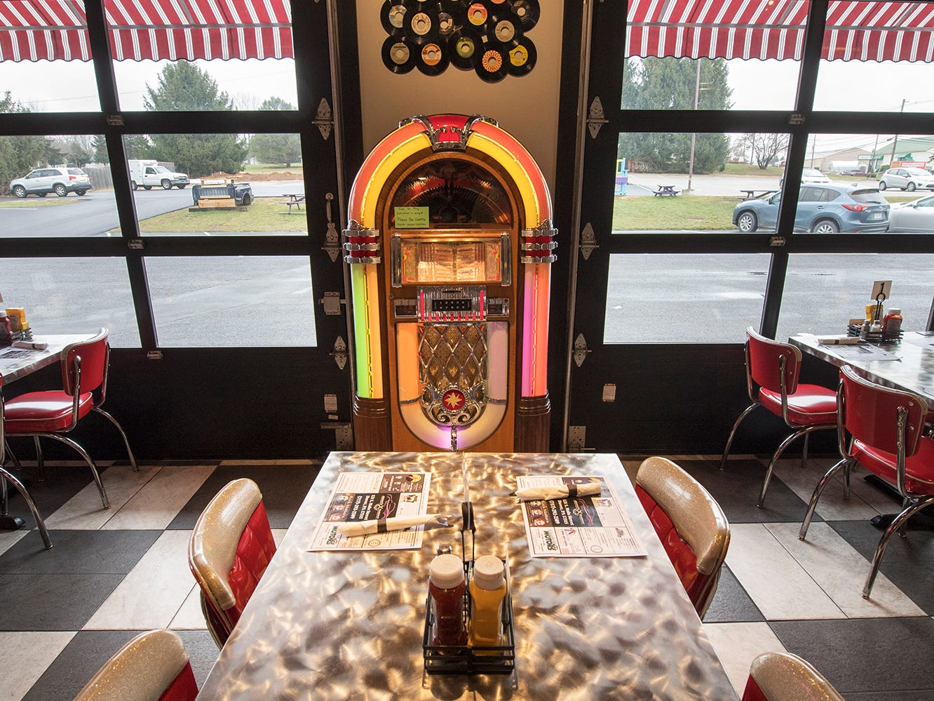 A  Jukebox plays 45s by request at Johnny's Raceway Eatery Tuesday January 8, 2019.