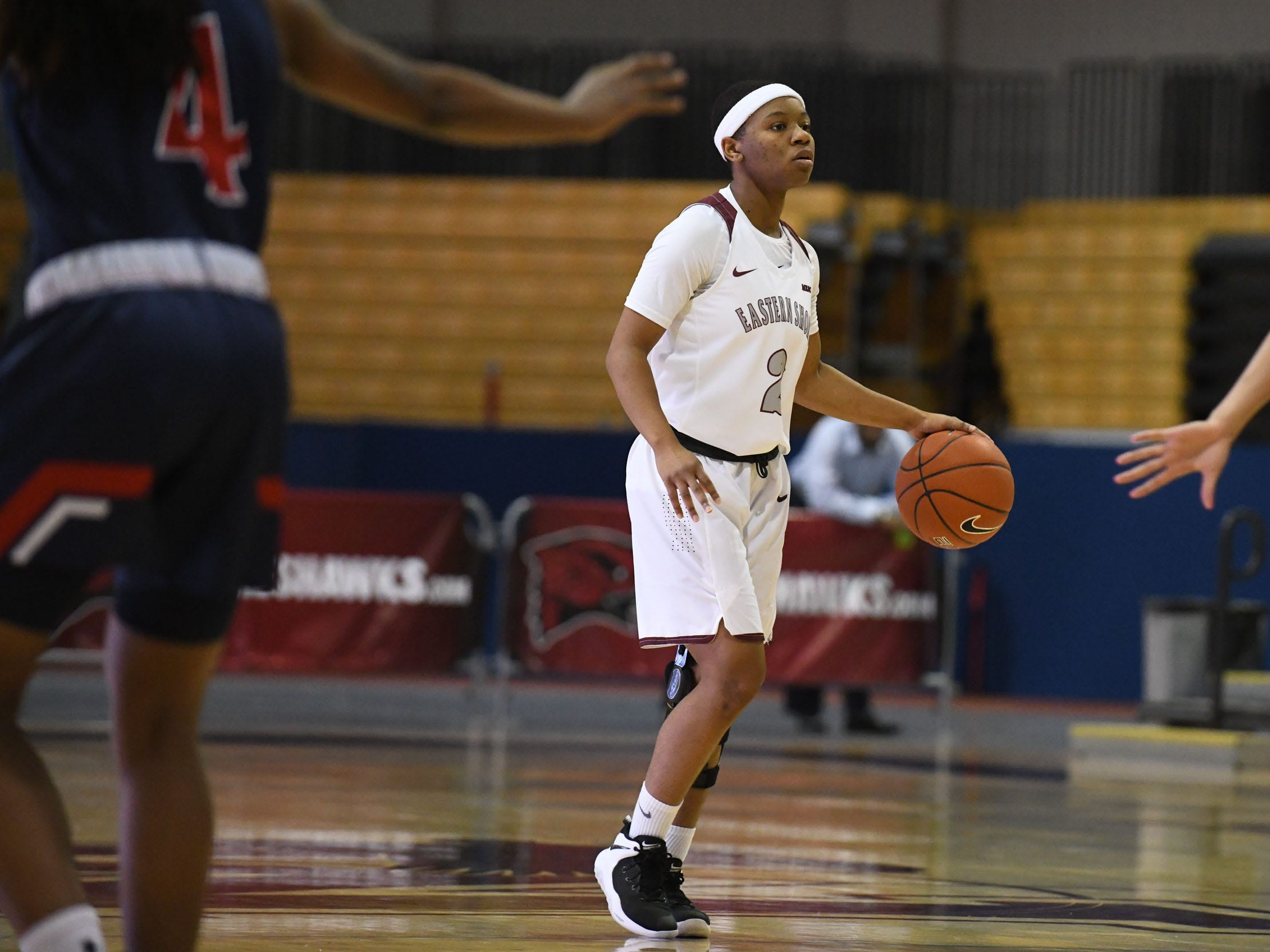Maryland Eastern Shore's Ciani Byron sets up the offense during the game against Howard University on Monday, Jan 7, 2018.