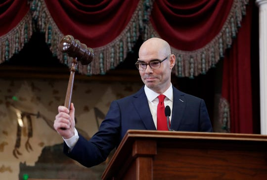 New House Speaker Dennis Bonnen, R-Angleton, strikes the gavel during the first day of the 86th Texas Legislative session Tuesday, Jan. 8, 2019, in Austin.