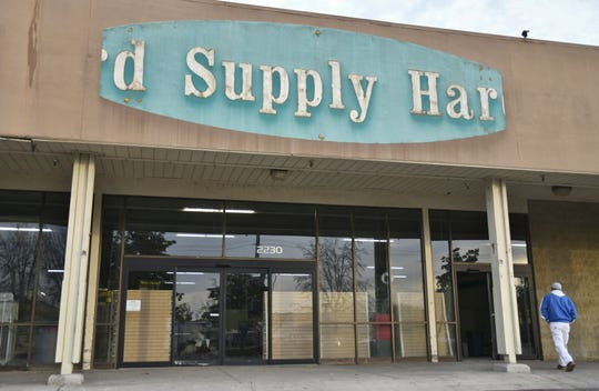 Ace hardware will open on March 1 in the former Orchard Supply space on Walnut at Mooney in Visalia.