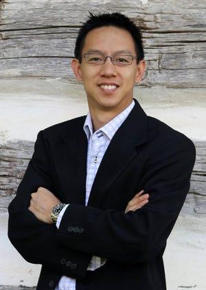 Denis Tan