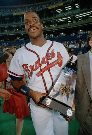 Fred McGriff hit 493 home runs over 19 big league seasons.