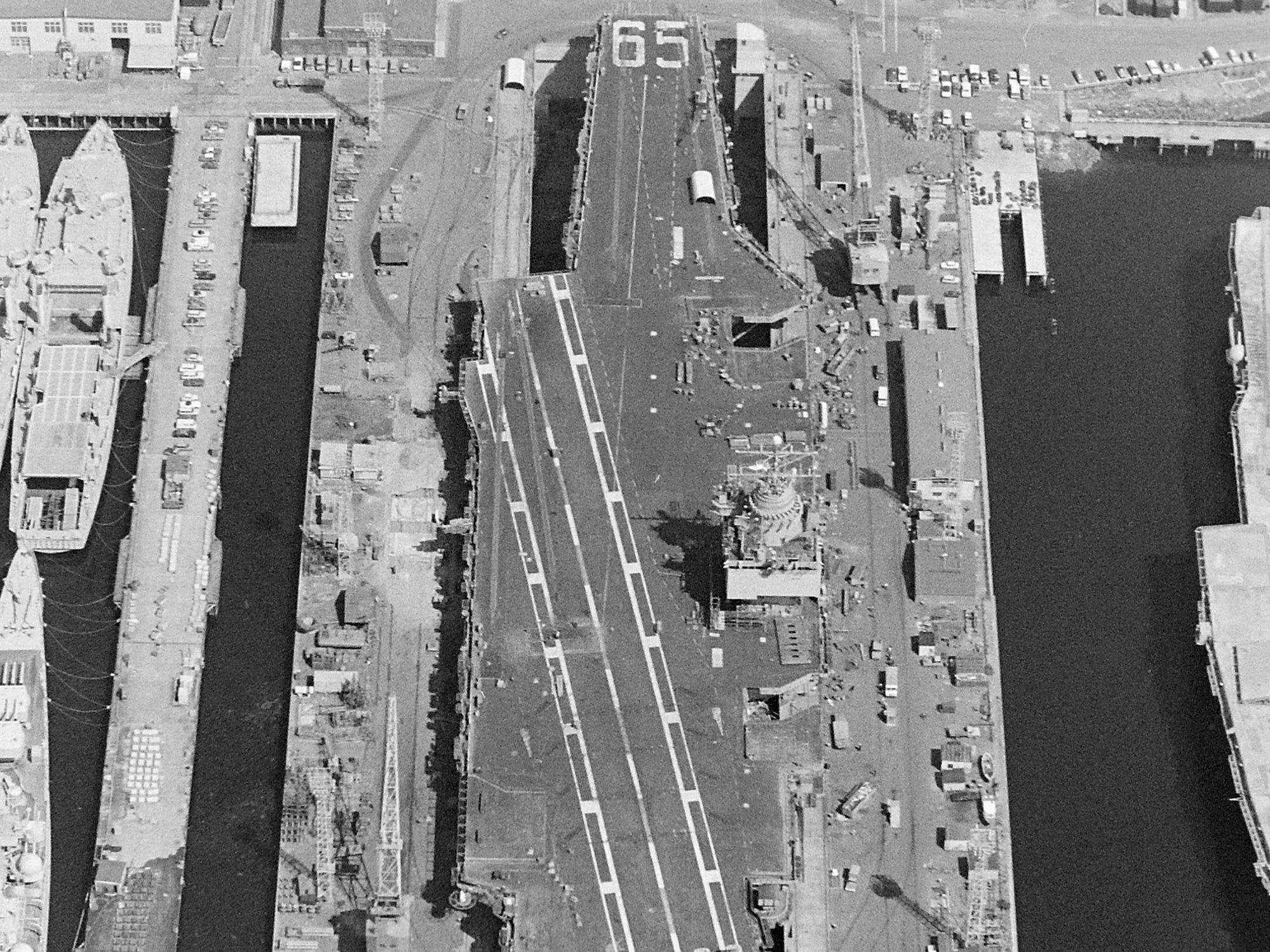 08/09/73Shipyard Aerial