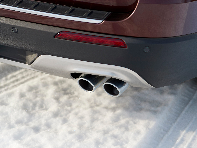 2020 Ford Explorer Platinum model.