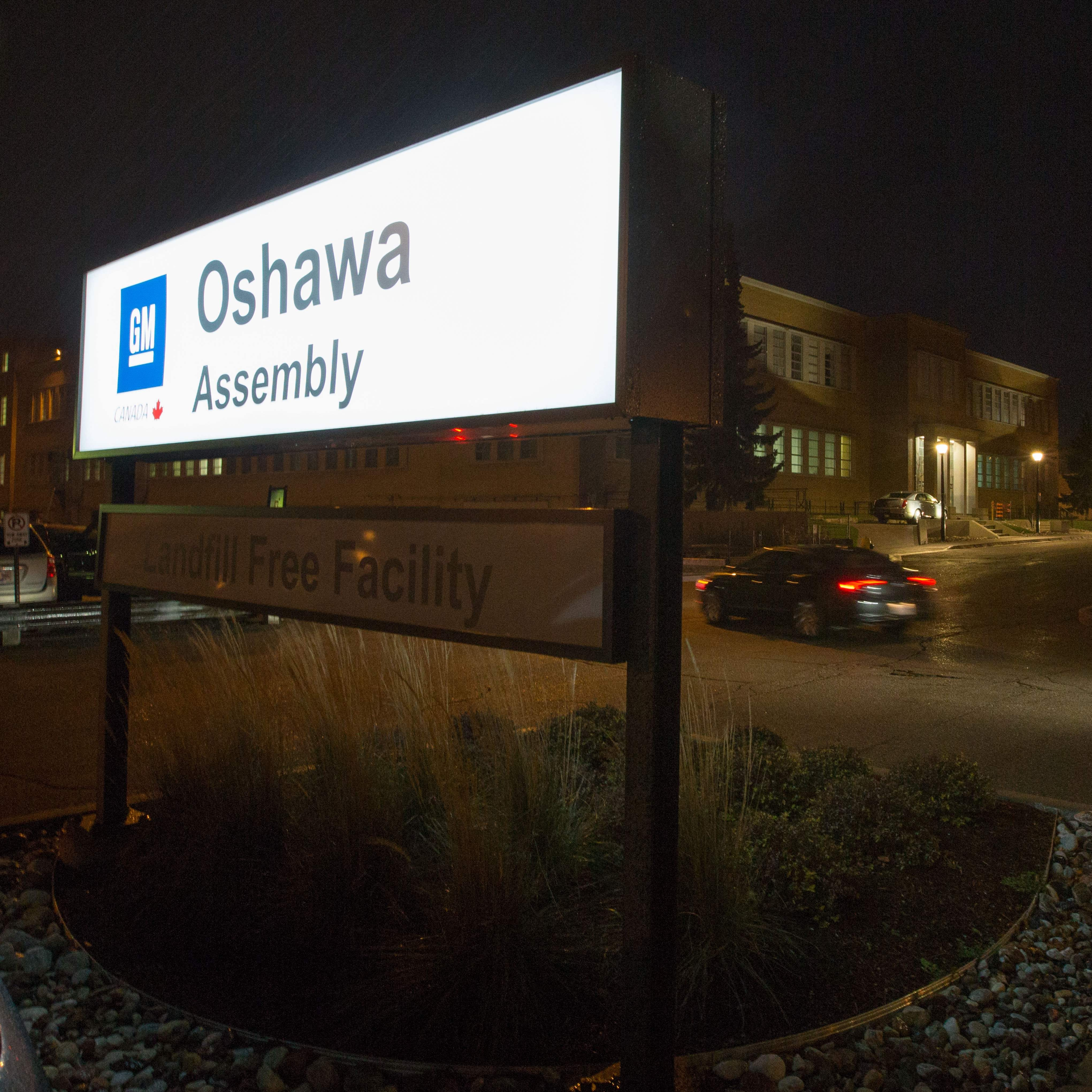 GM, Unifor agree to slimmed-down future for Oshawa plant