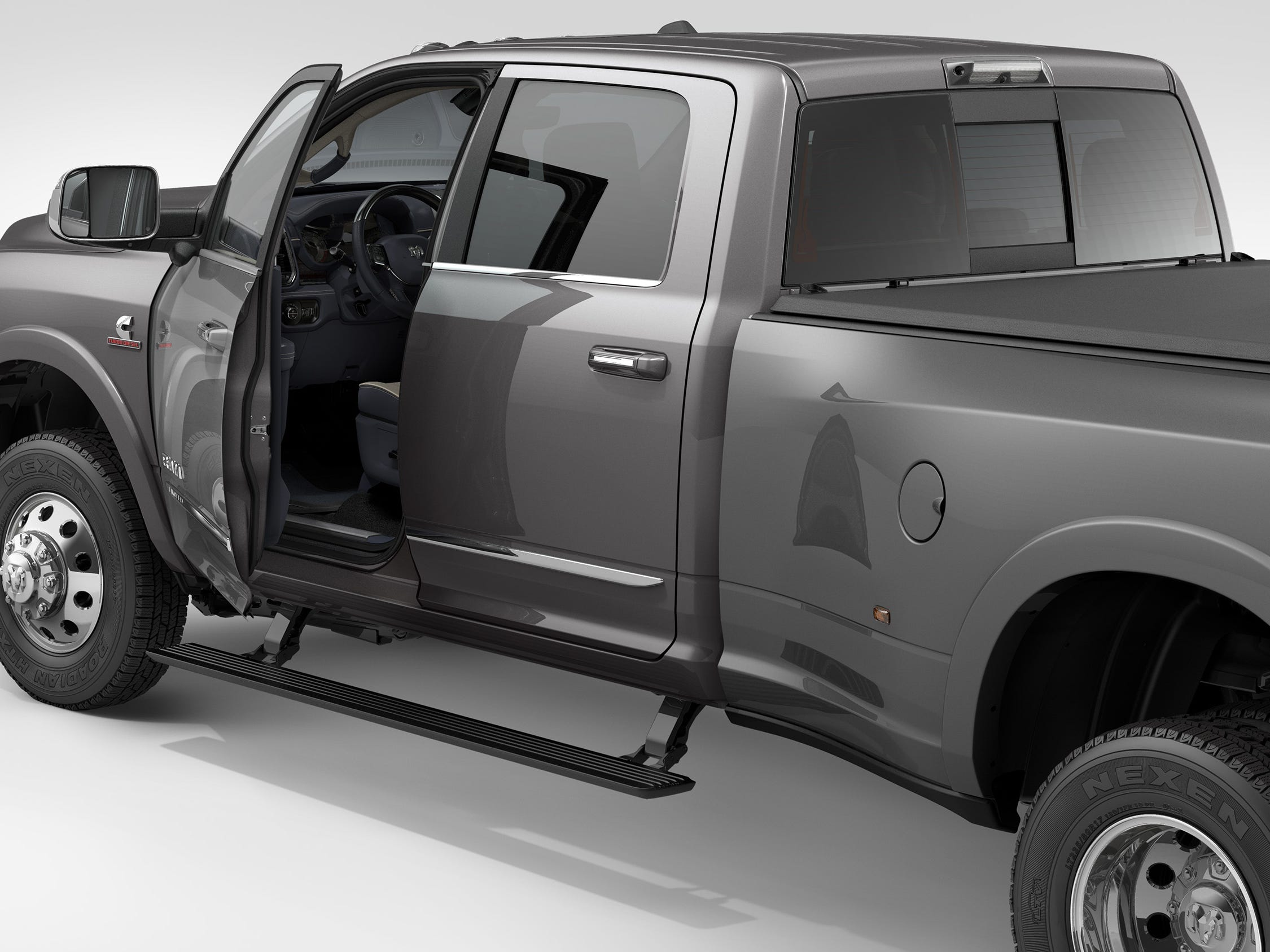 The 2019 Ram Heavy Duty with power side steps