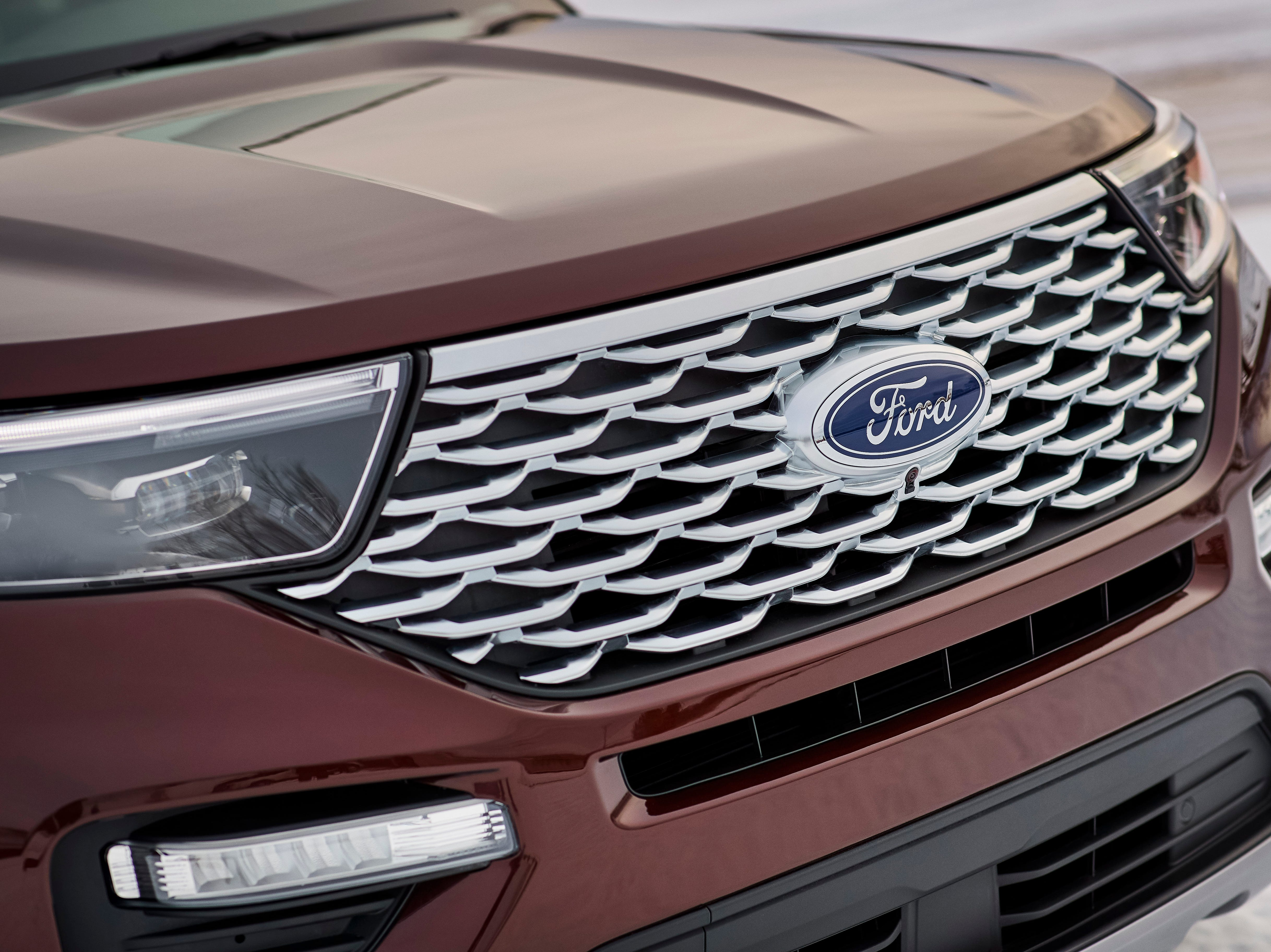 This is the 2020 Ford Explorer Platinum model.