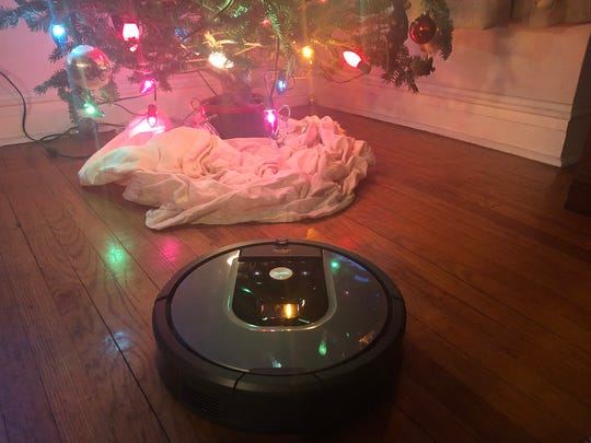 It's fascinating to watch how Roomba maps a room, figures out a pattern and then deals with every obstacle -- skirting cat food dishes, weaving around chair legs, freeing himself from under the dining room cabinet. Oh, and the robotic vacuum cleaner also cleans your floors. (Stephanie Reynolds/Chicago Tribune/TNS)