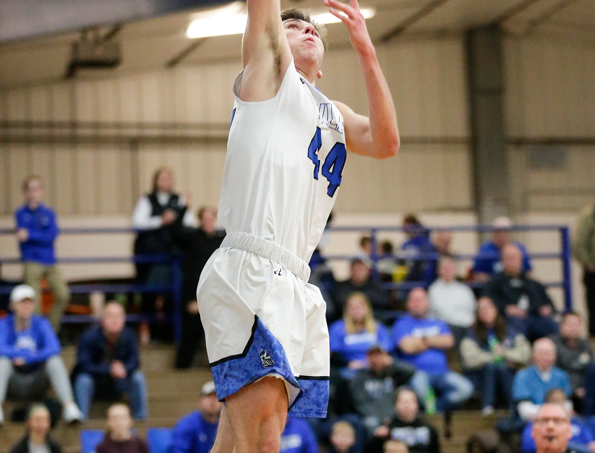 Winnebago Lutheran Academy boys basketball's Benji Cole dunks the ball after a steal against St. Mary's Springs Academy Tuesday, January 8, 2019 during their game in Fond du Lac. Winnebago Lutheran Academy won the game 69-66. Doug Raflik/USA TODAY NETWORK-Wisconsin