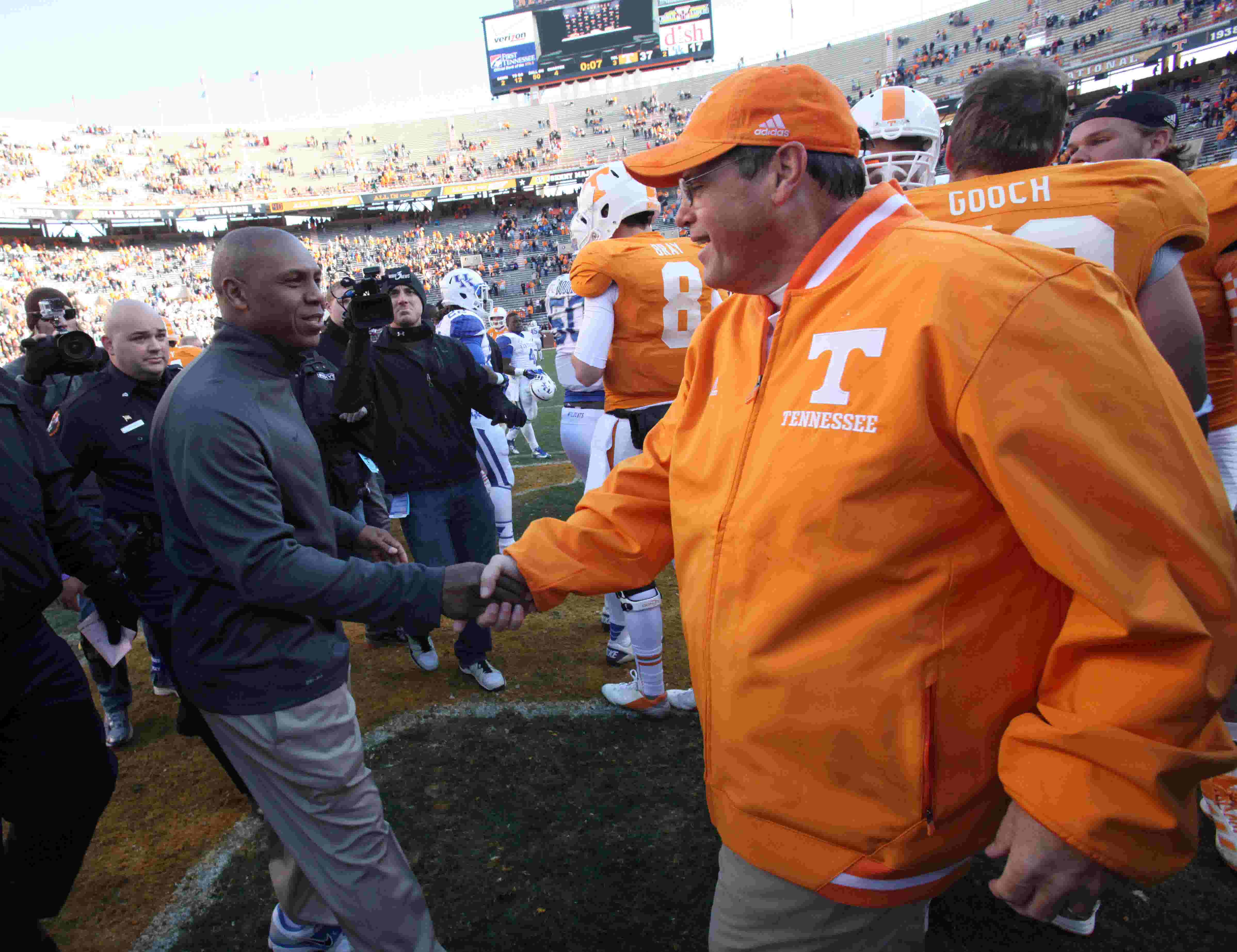 1c6252b74 UT Vols  Tennessee football gains on top SEC teams through NFL draft early  entries