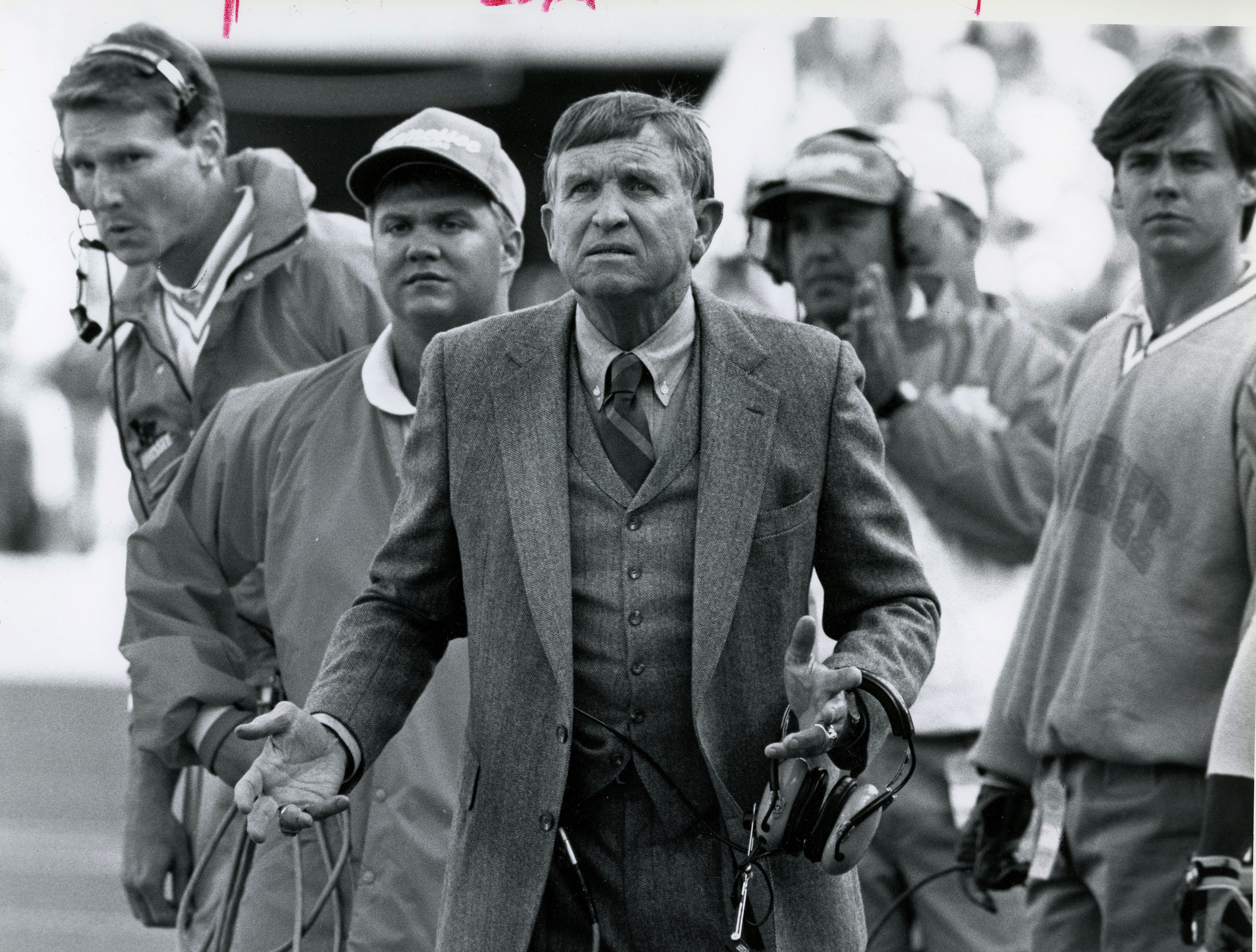 Tennessee head coach Johnny Majors questions a referee call during game Nov. 3, 1991.