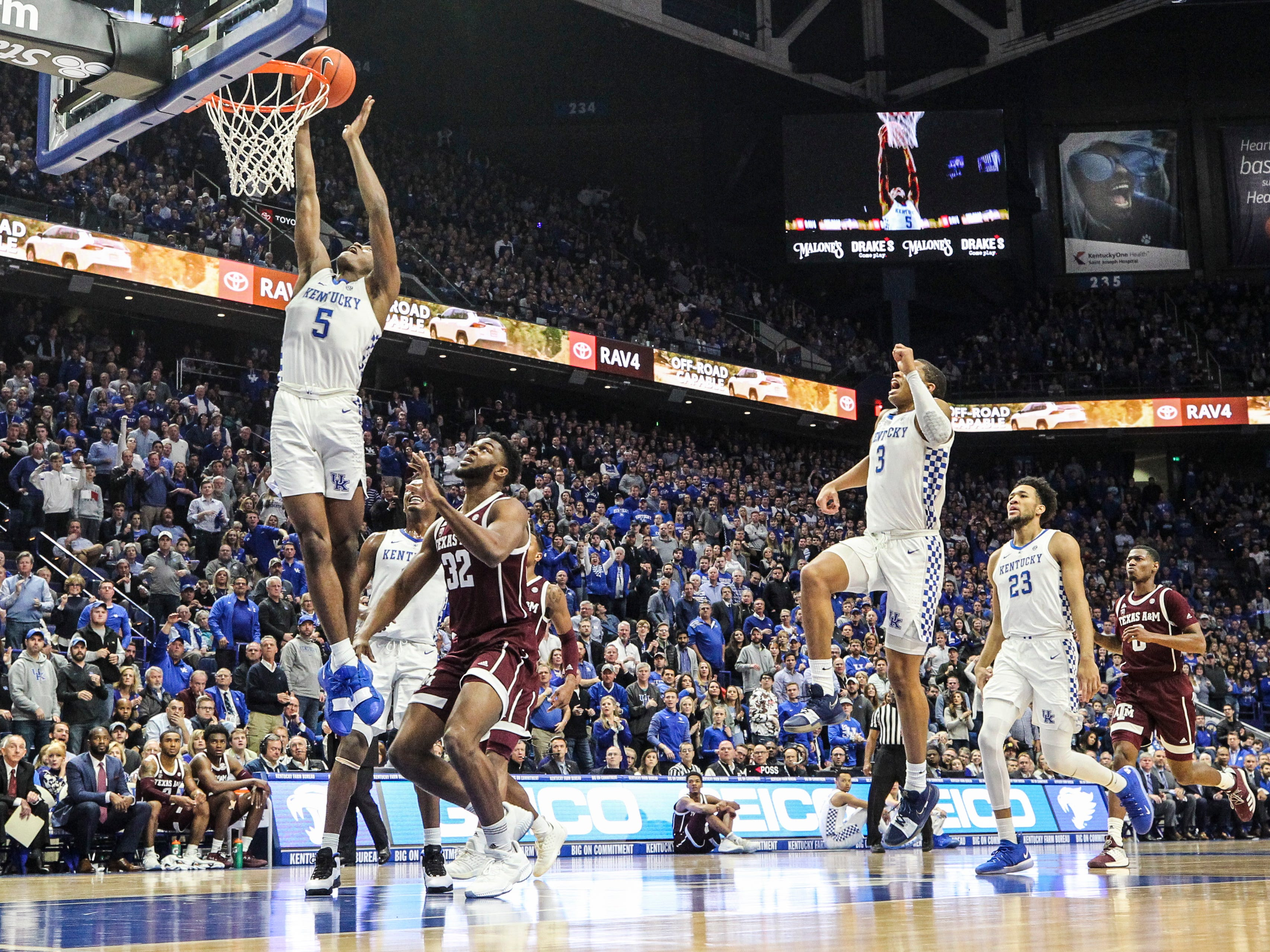 Kentucky's Immanueal Quickley gets two points with this lay-up in the first half Tuesday night against Texas A&M at Rupp Arena in Lexington.