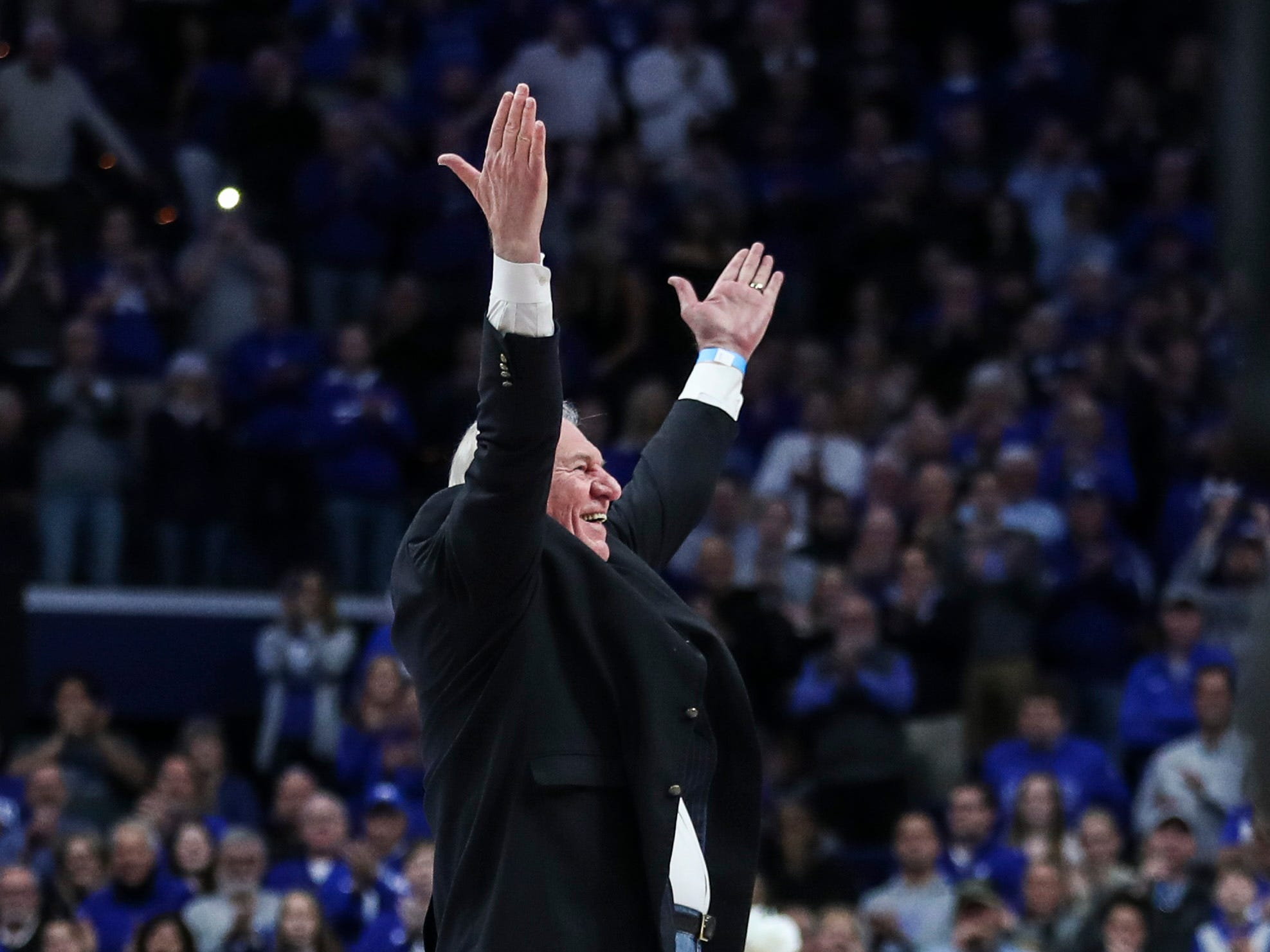Former Kentucky and NBA player Dan Issel was the Y in KENTUCKY during a timeout in the second half game against Texas A&M Tuesday, January 8, 2019.