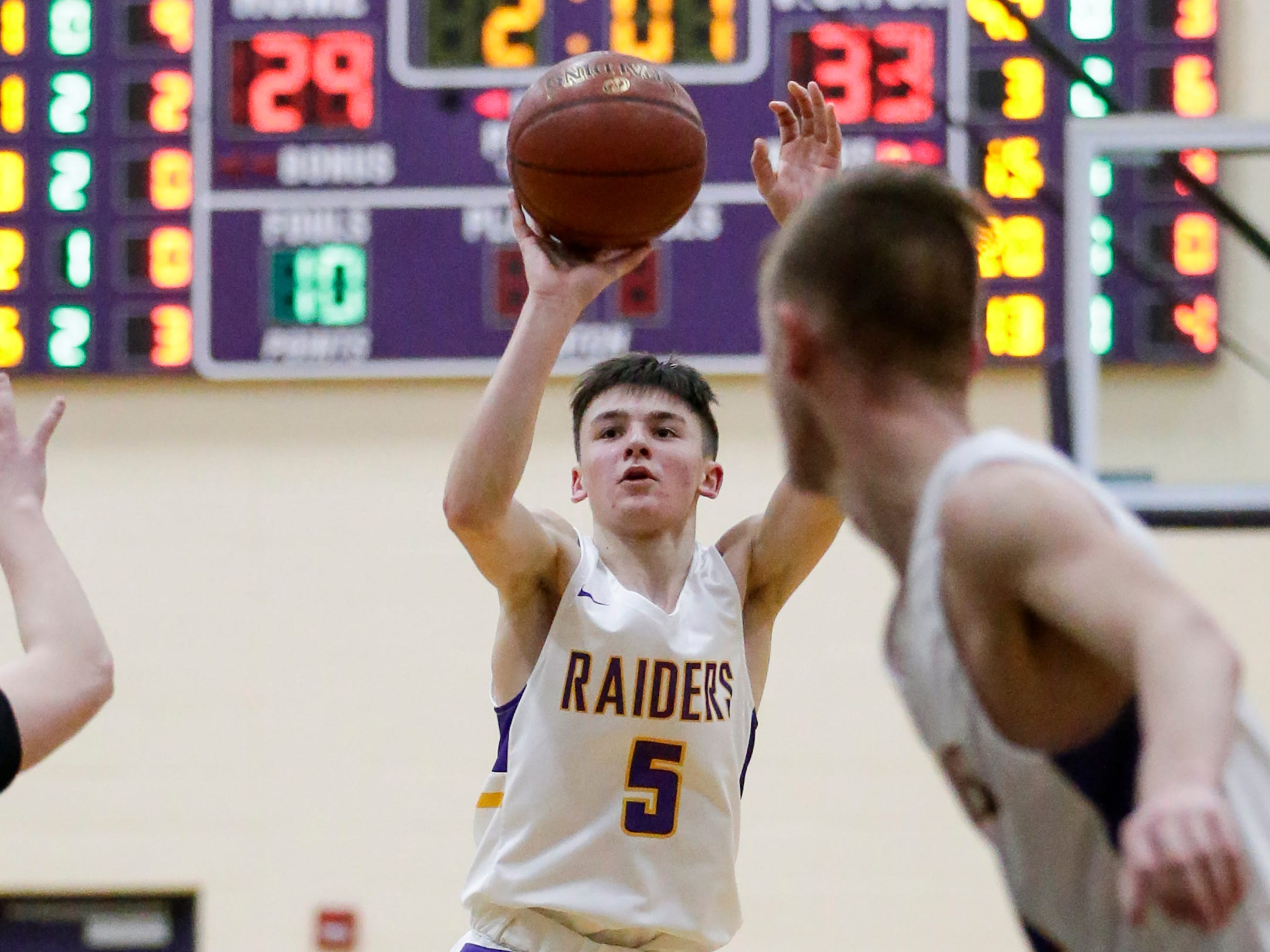 Two Rivers' Spencer Salta shoots against Green Bay NEW Lutheran at Two Rivers High School Tuesday, January 8, 2019, in Two Rivers, Wis. Joshua Clark/USA TODAY NETWORK-Wisconsin