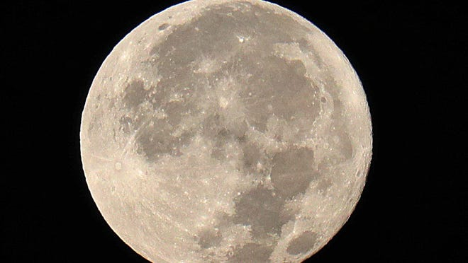 Two Supermoons And Halloween Blue Moon Will Be Seen This Year