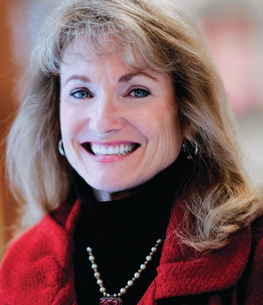 Laura Fuller will retire as head of the University School of Milwaukee after the 2019-20 school year.
