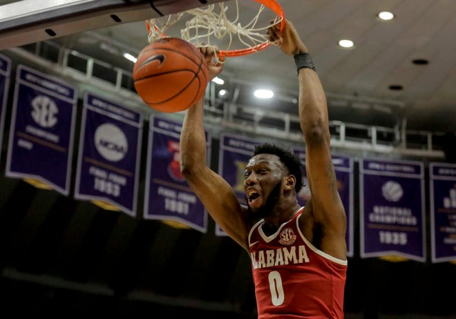 Jan 8, 2019; Baton Rouge, LA, USA; Alabama Crimson Tide forward Donta Hall (0) dunks against the LSU Tigers during the first half at the Maravich Assembly Center. Mandatory Credit: Derick E. Hingle-USA TODAY Sports
