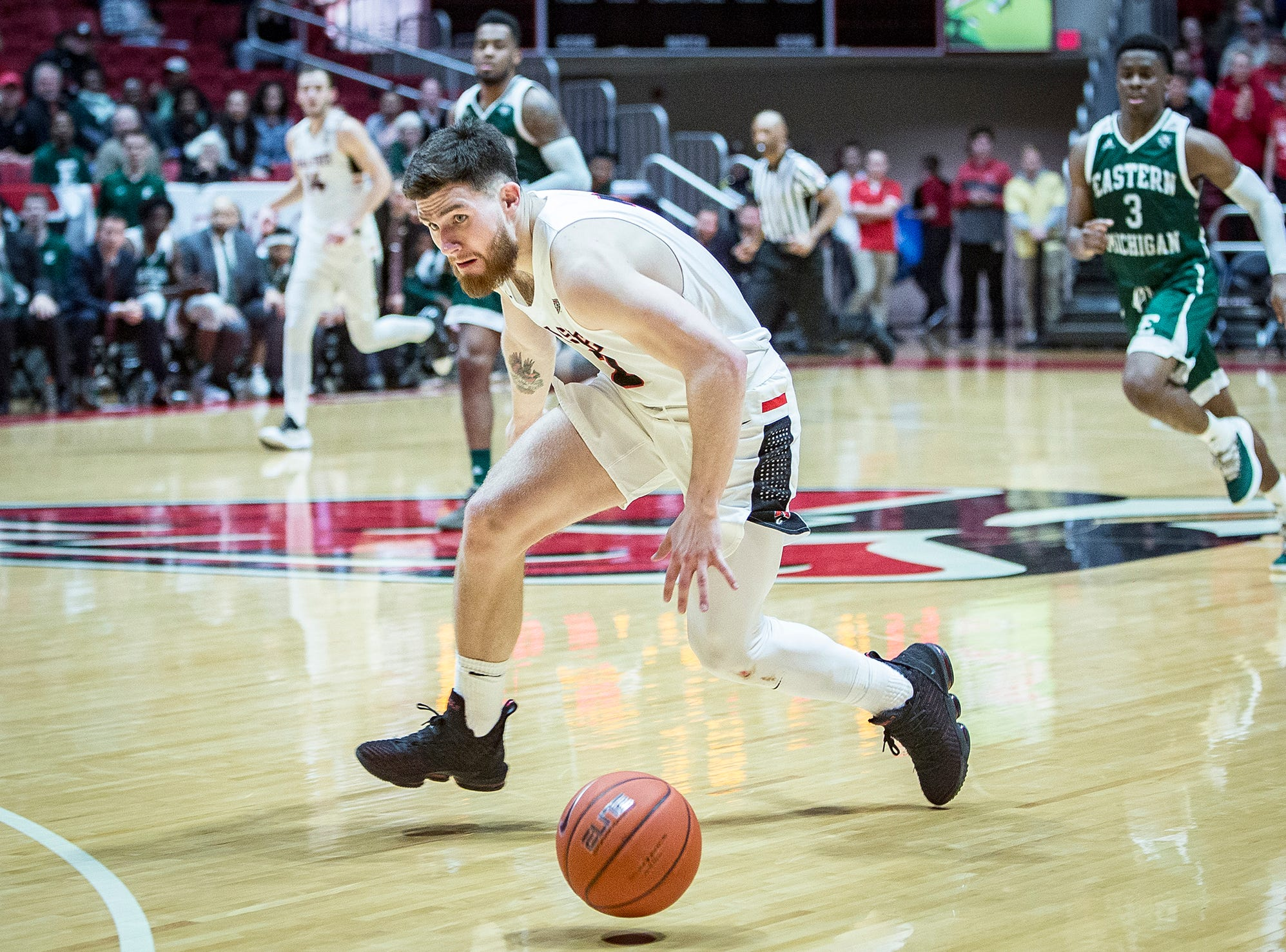 Ball State's Tayler Persons loses the ball against Eastern Michigan during their game at Worthen Arena Tuesday, Jan. 8, 2019.