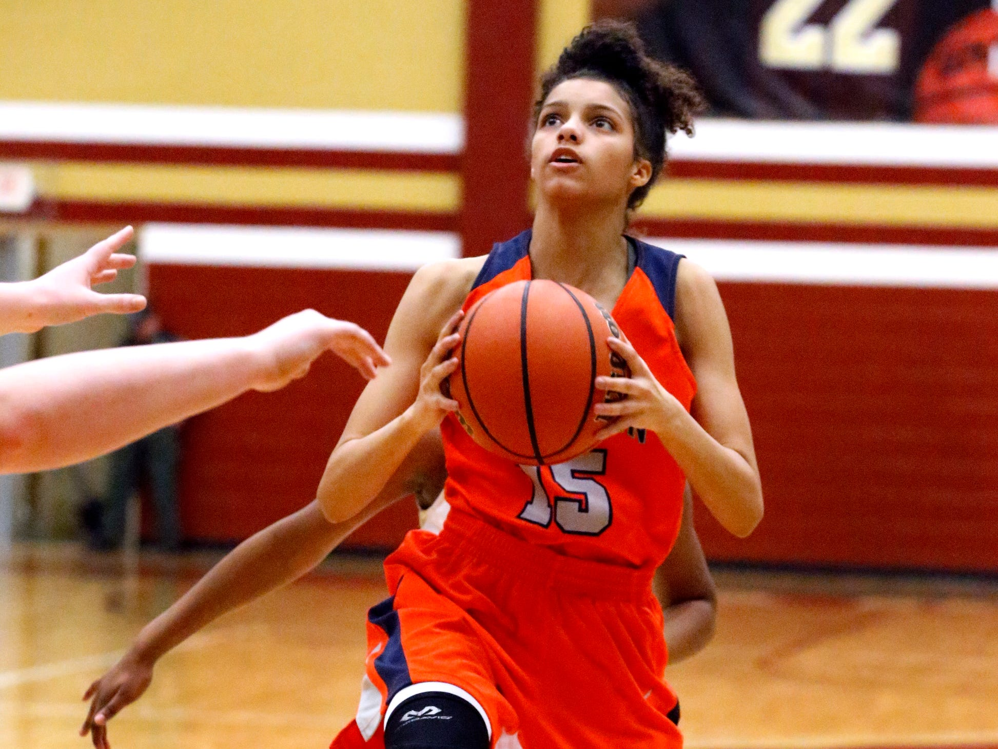 Blackman's Victoria Page (15) goes up for a shot during the game against Riverdale on Tuesday Jan. 8, 2019