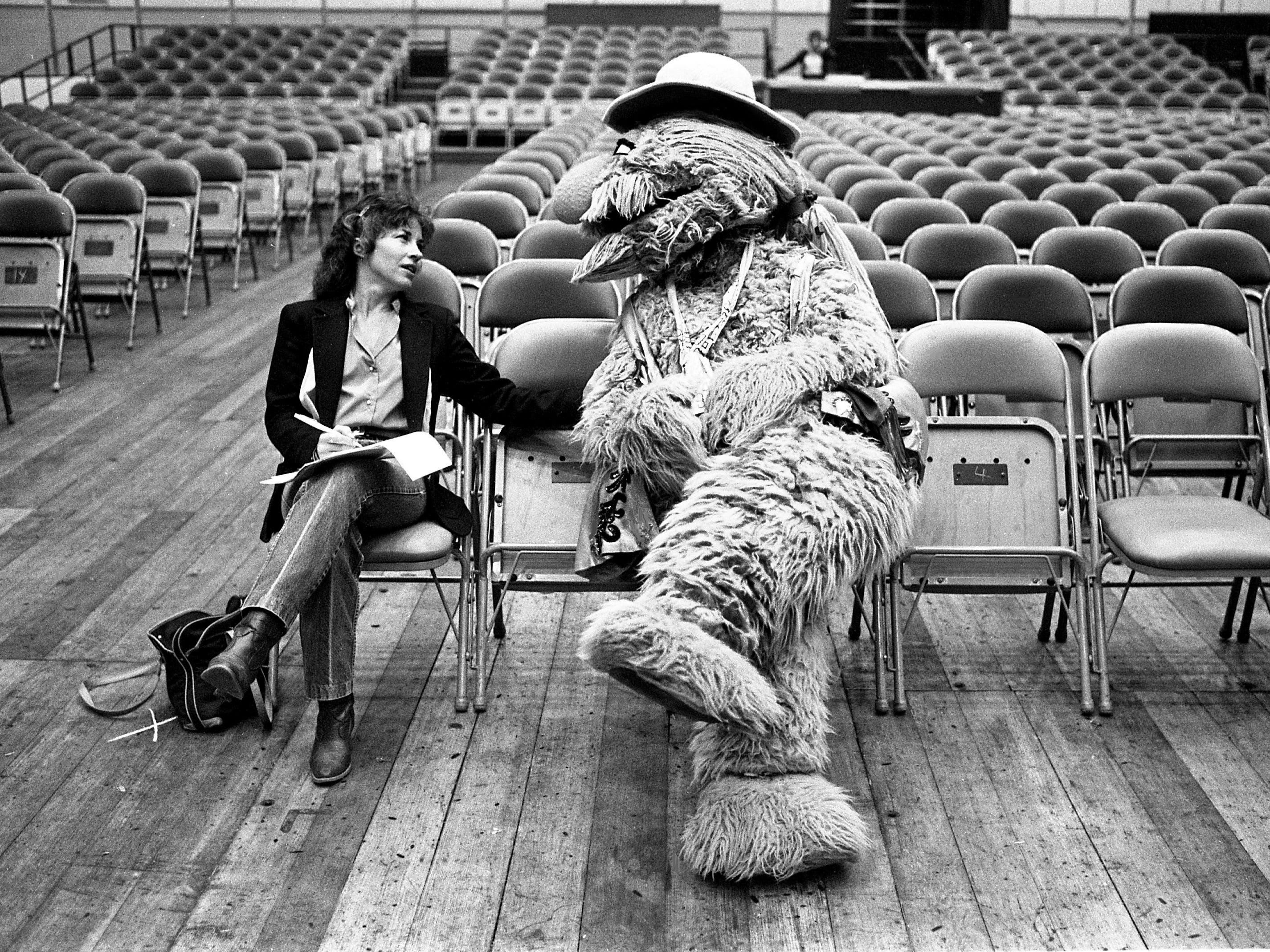 "Furlin Wailin, right, is interviewed by Tennessean music reporter Sandy Neese during a break in rehearsals Nov. 9, 1983, of the ""Sesame Jamboree,"" a 90-minute extravaganza of song and dance starring the Muppets of Sesame Street at Municipal Auditorium."