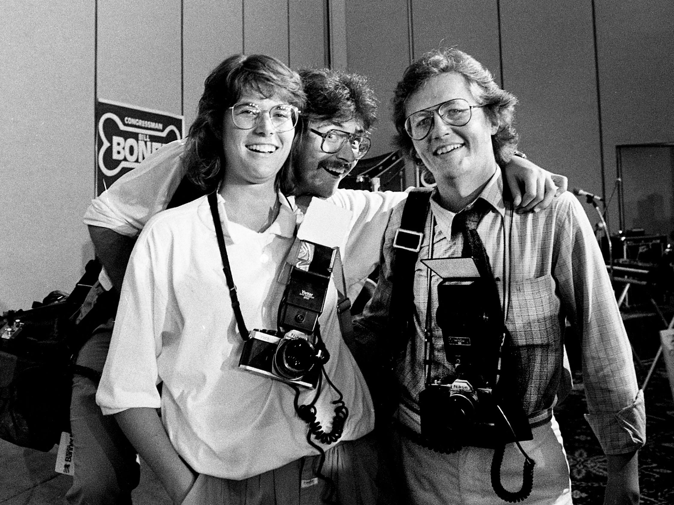 Tennessean photographer Callie Shell poses with photographer Bill Thorup on election night Aug. 7, 1986, at Opryland Hotel.
