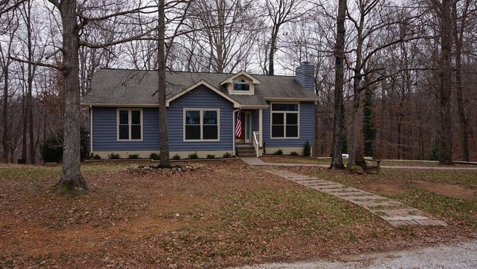 CHEATHAM COUNTY: 1036 Cross Country Drive, Kingston Springs 37082