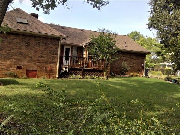 RUTHERFORD COUNTY: 2307 Riverstone Drive, Murfreesboro 37128