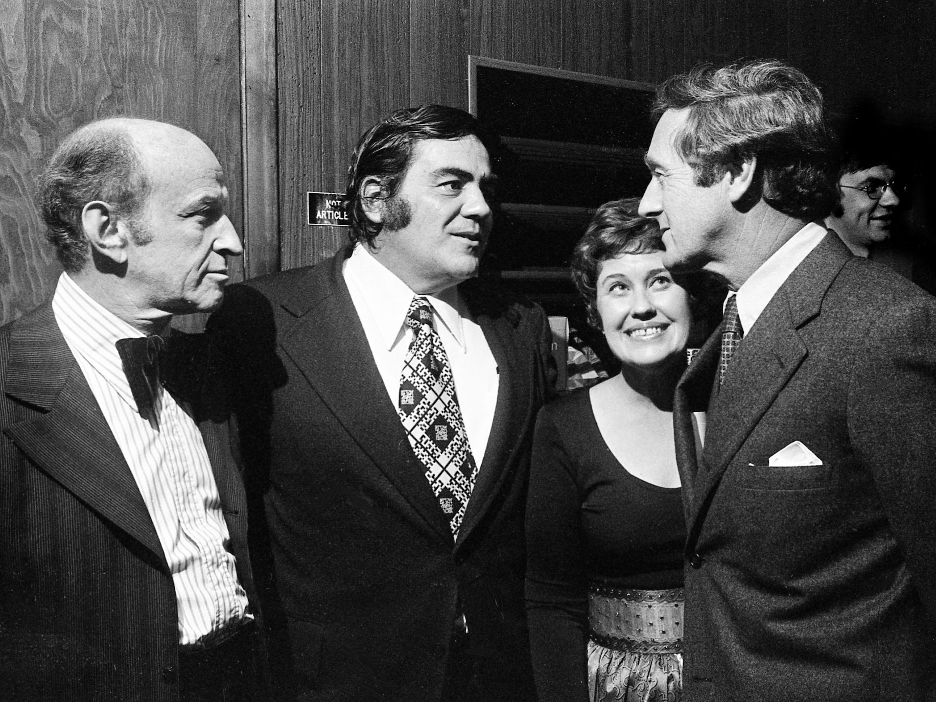 John Seigenthaler, right, master of ceremonies at the fifth annual Nashville Book and Authors Dinner, greets the three authors who appeared at the event Oct. 29, 1973: Garson Kanin, left, Jimmy Breslin and Erma Bombeck. The event at the downtown Sheraton was sponsored by the Nashville Booksellers Association and The Tennessean.