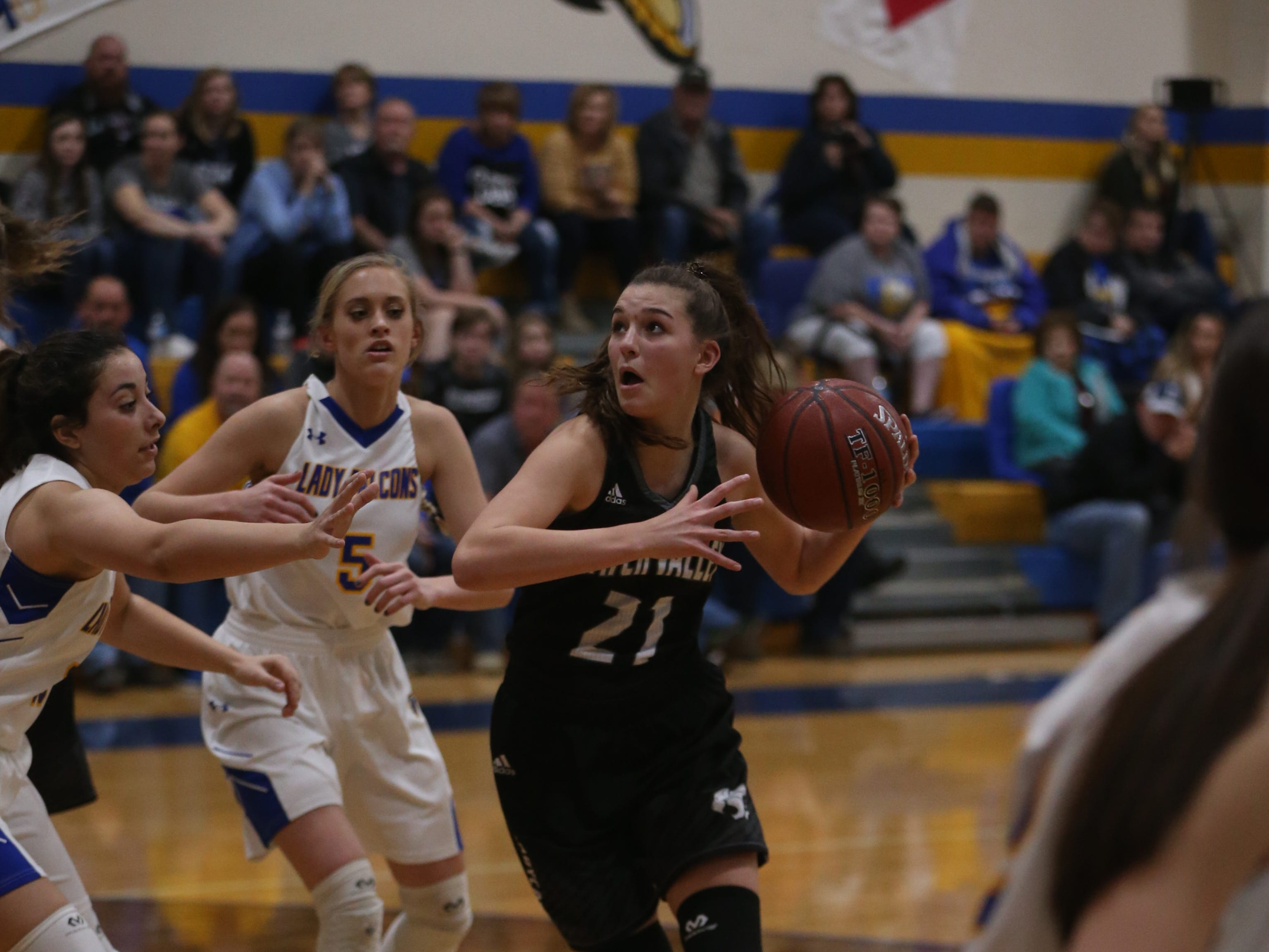Water Valley's Bailey Dawson (#21) rushes toward the basket Tuesday, Jan. 8, 2019 during the game against Veribest.