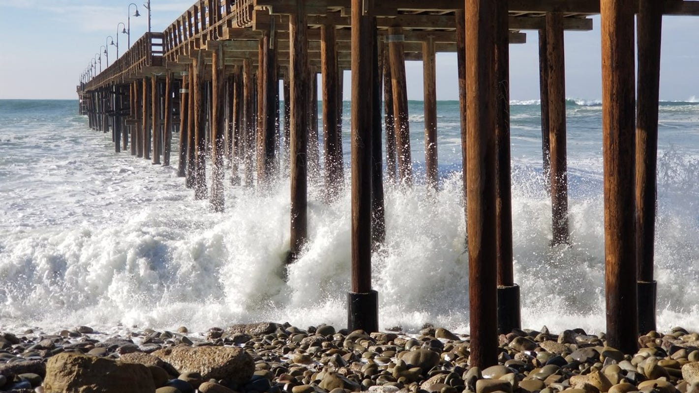 High winds, surf expected days ahead of king tides in county