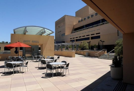 """The Thousand Oaks City Council on Tuesday night awarded a contract not to exceed $1.4 million to a consultant to prepare a master plan to redesign the nearly 25-year-old Civic Arts Plaza to be""""more active and connected."""""""