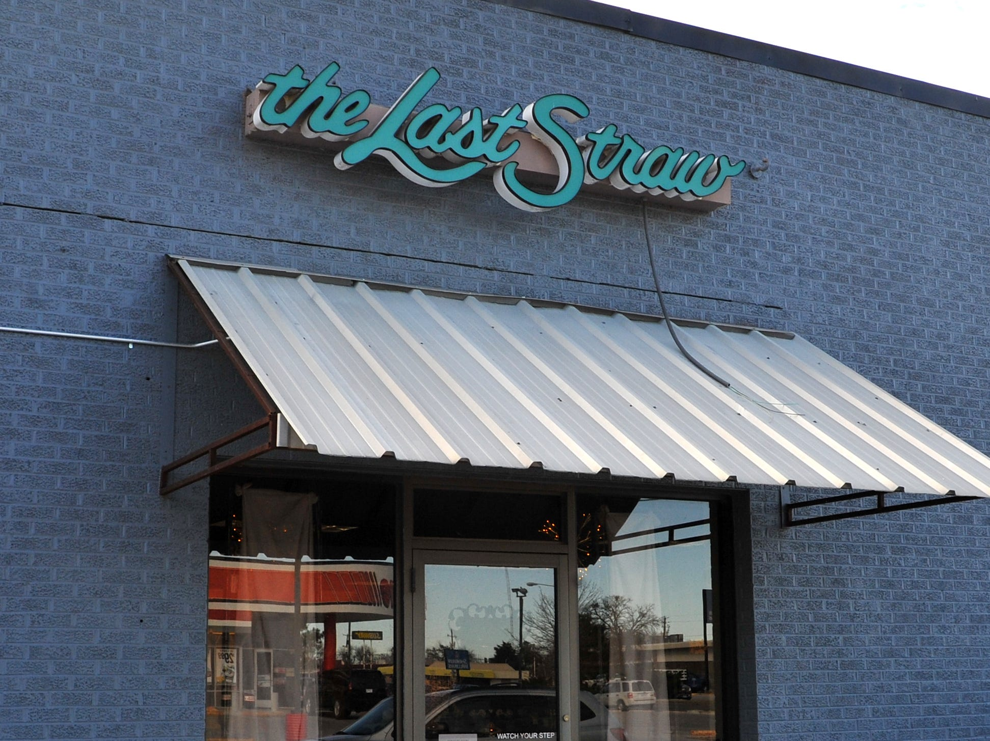 The Last Straw located on Kemp Boulevard will be closing their doors after 31 years of business in Wichita Falls.