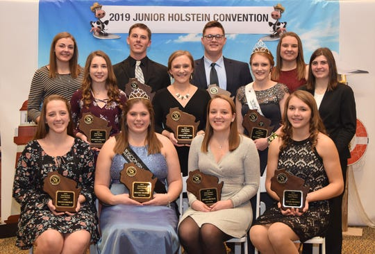 Honored as Distinguished Junior Members at this year's Wisconsin Junior Holstein Association Convention were (front row from left) Nicole Broege, Brooke Trustem, Jenna Broege and Kylie Nickels. Middle row (from left) Hannah Nelson, Courtney Moser, Allison Breunig and Rachel McCullough Back row (from left) Kaianne Hodorff, Zach Tolzman, Ben Kronberg and Kalista Hodorff.