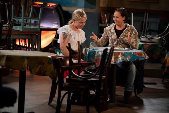 Life coach Jackie (Laurie Metcalf), right, uses her skills to help niece Becky (Lecy Goranson) on ABC's 'The Conners.'