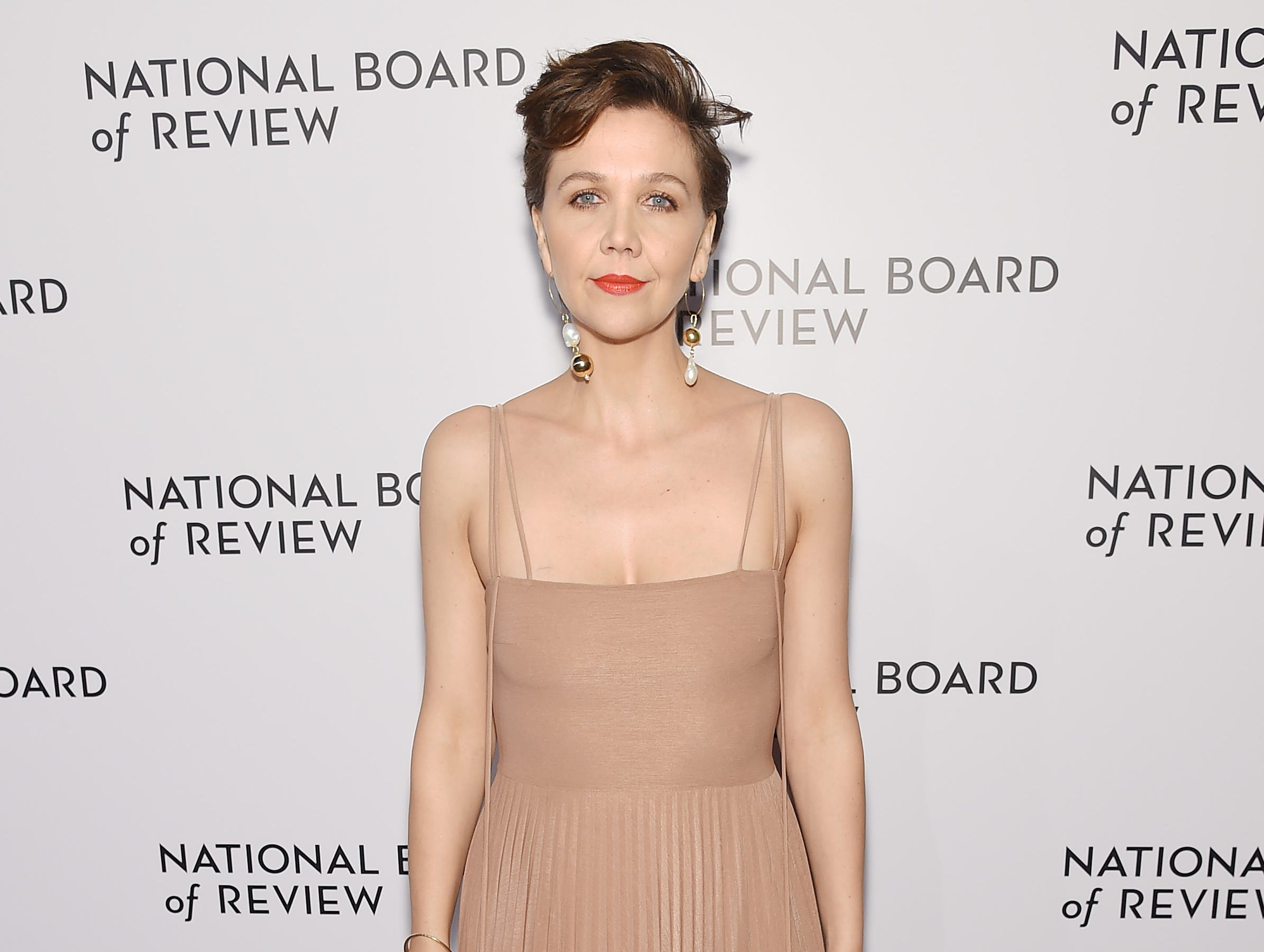 NEW YORK, NY - JANUARY 08: Maggie Gyllenhaal  attends The National Board of Review Annual Awards Gala at Cipriani 42nd Street on January 8, 2019 in New York City.  (Photo by Jamie McCarthy/Getty Images for National Board of Review) ORG XMIT: 775259363 ORIG FILE ID: 1079454032