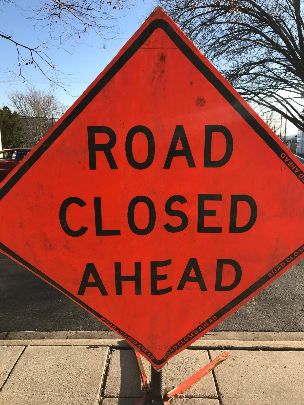Bridge repairs slow I-40 in Haywood