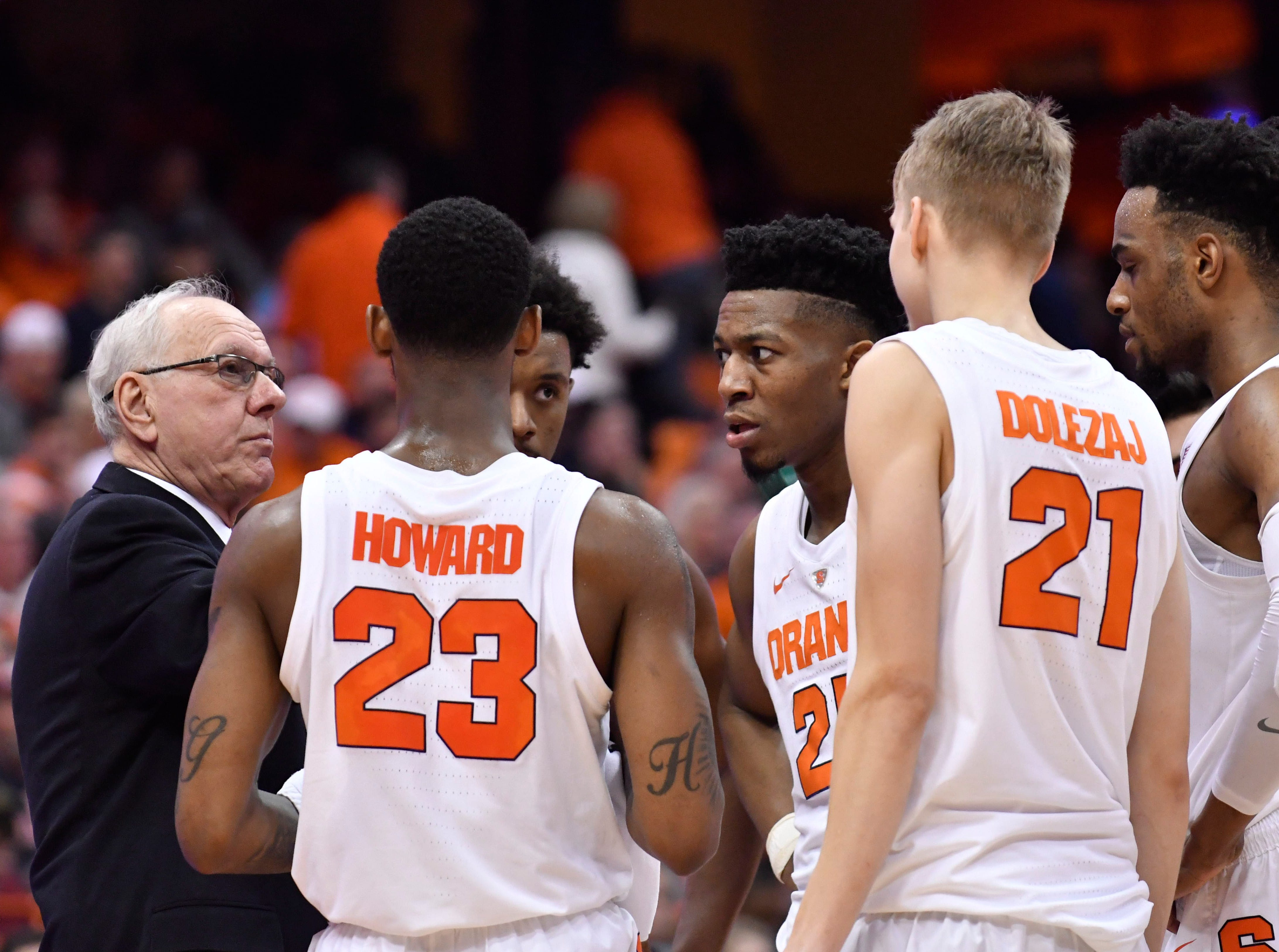 Jan 9, 2019; Syracuse, NY, USA; Syracuse Orange head coach Jim Boeheim gives instructions to his team during a timeout in the second half against the Clemson Tigers at the Carrier Dome.