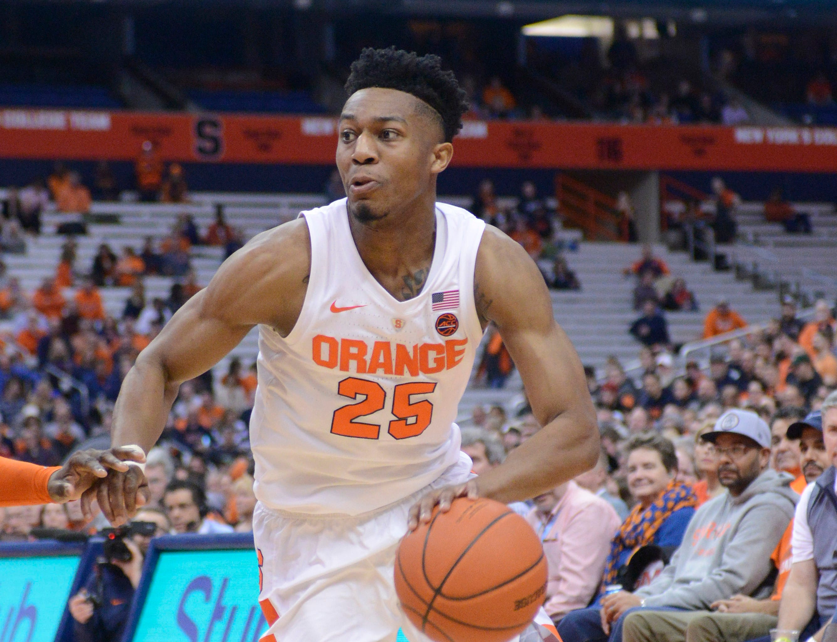 Jan 9, 2019; Syracuse, NY, USA; Syracuse Orange guard Tyus Battle (25) handles the ball during the second half against the Clemson Tigers at the Carrier Dome.