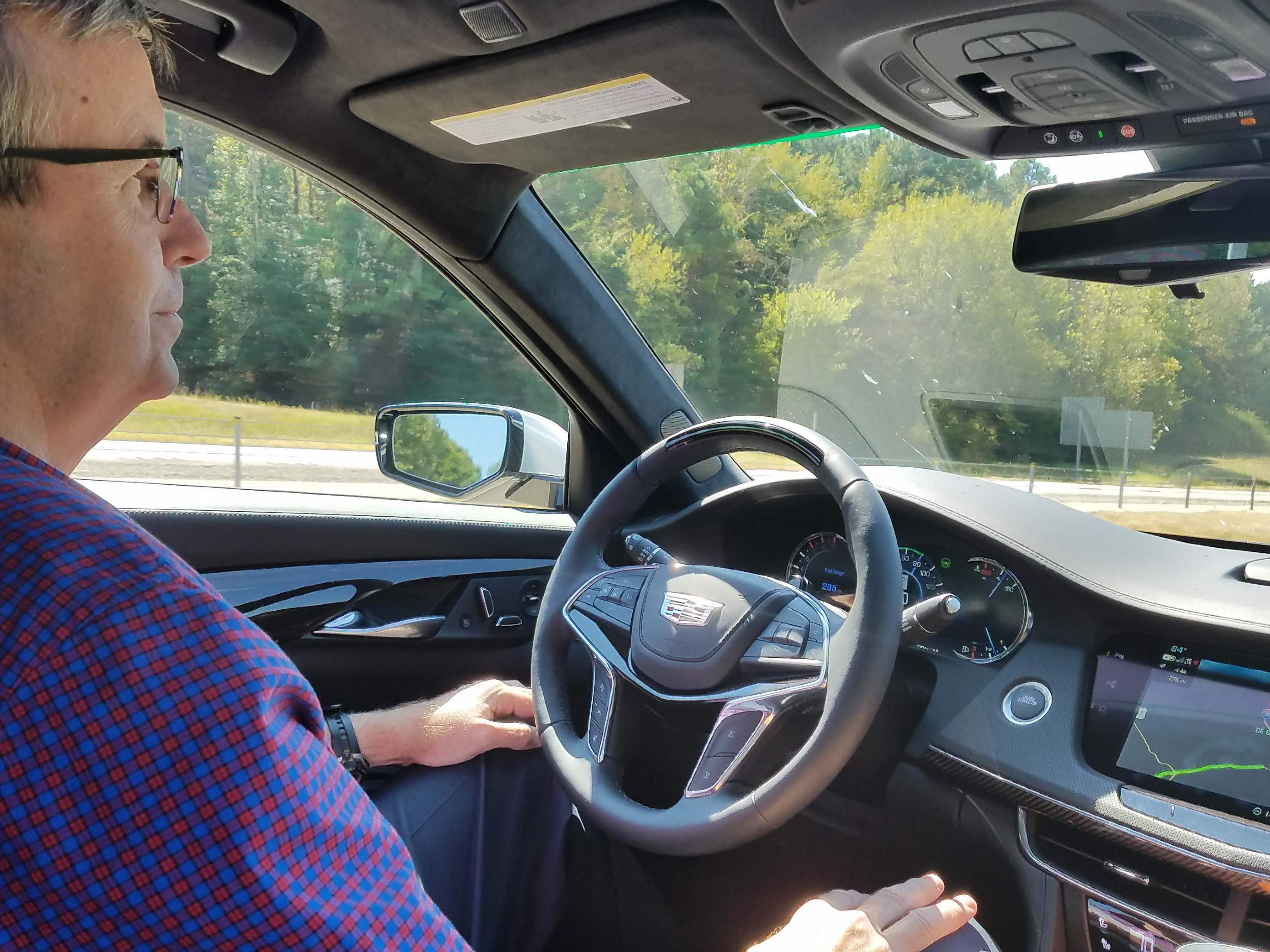 With Cadillac SuperCruise activated, Detroit News auto critic Henry Payne drives hands free at 80 mph on I-30 outside of Texarkana, Arkansas.