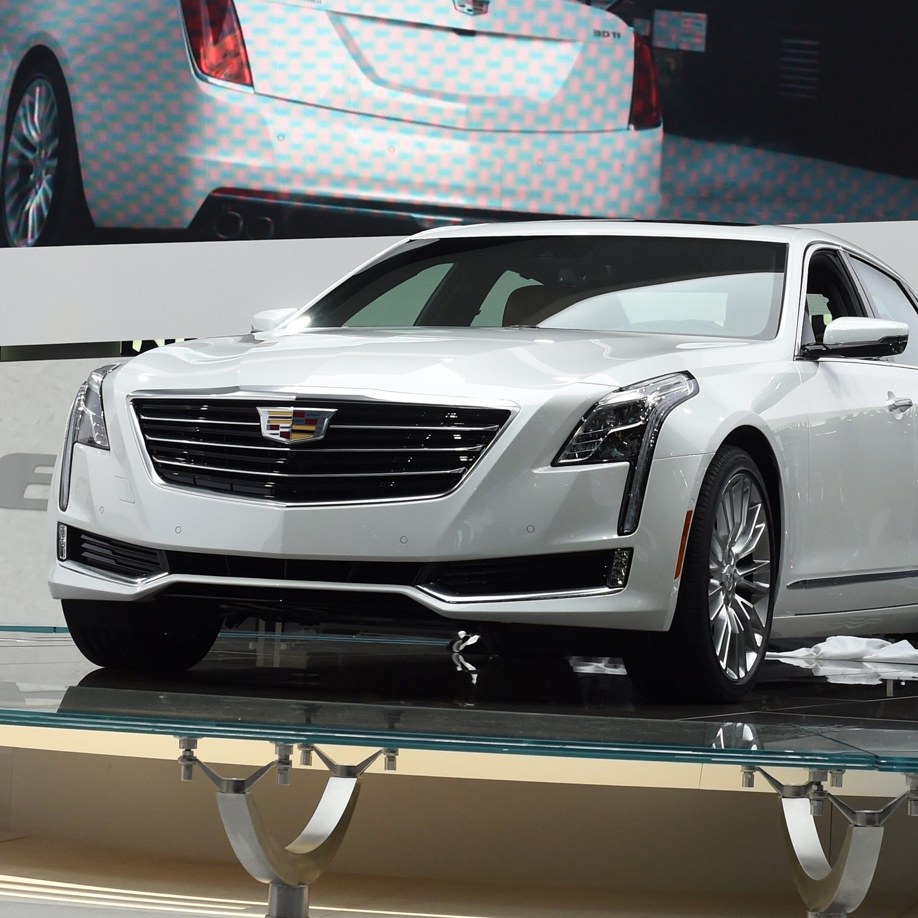 Once Cadillac's show-horse, CT6 limps to its last Detroit show