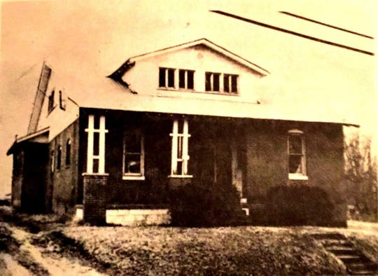 Sallie Smithhart, Henderson's most notorious madam the first three decades of the 20th Century, operated this brothel at 534 Fagan St. The building no longer exists. Photo courtesy of the Henderson County Historical and Genealogical Society.