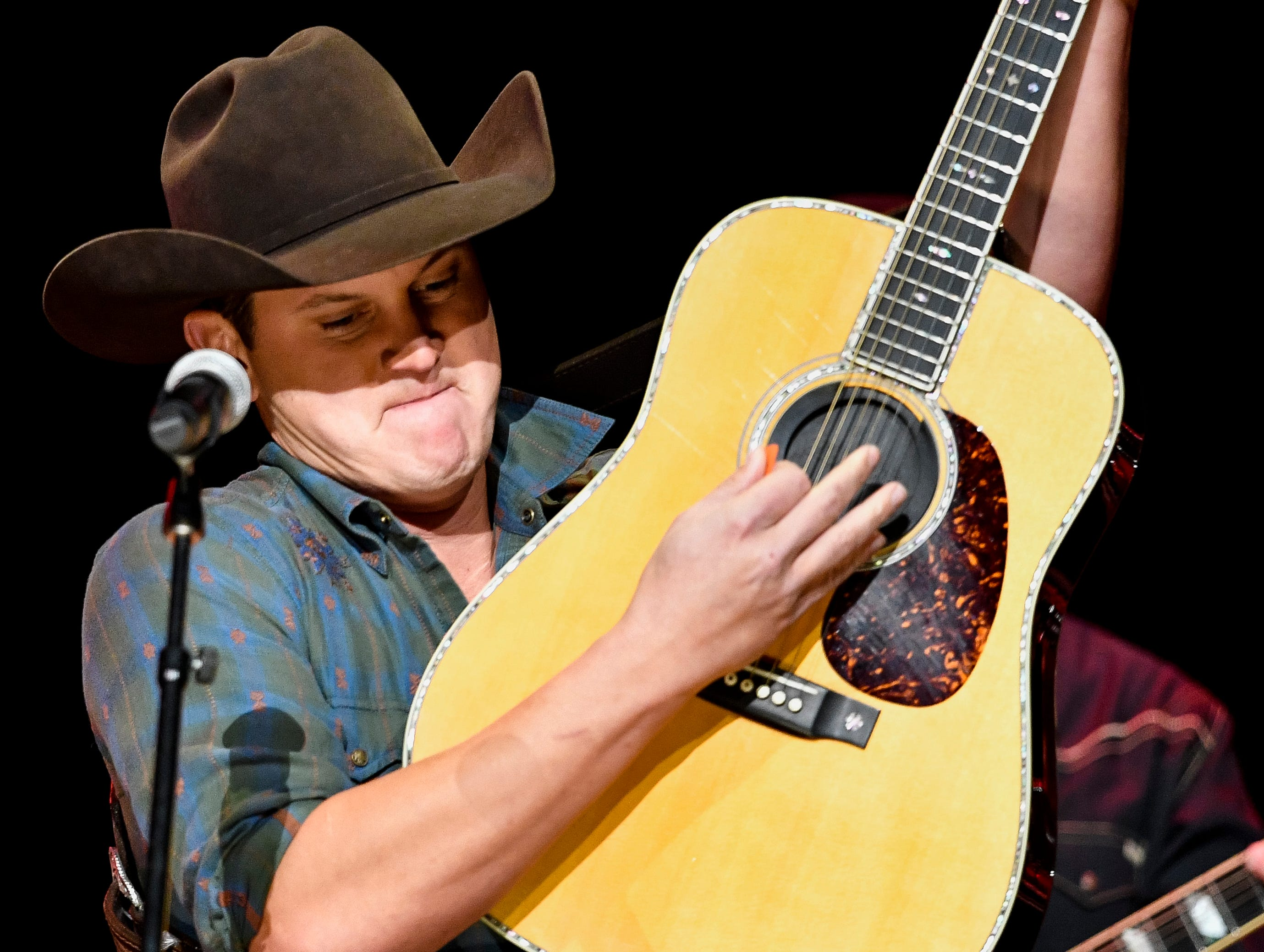 Jon Pardi performs during the C'Ya On The Flipside Benefit Concert at the Grand Ole Opry House in Nashville, Tenn., Wednesday, Jan. 9, 2019.