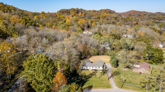 One of the main selling points of older ranch-style homes in Brentwood, like this one for sale at 1104 Chelsea Court,  is their large lots and proximity to the heart of Brentwood.