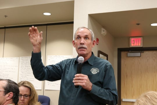 Carlsbad Ward 4 City Councilor Mark Walterscheid addresses a public meeting to update the City of Carlsbad's Comprehensive Plan.