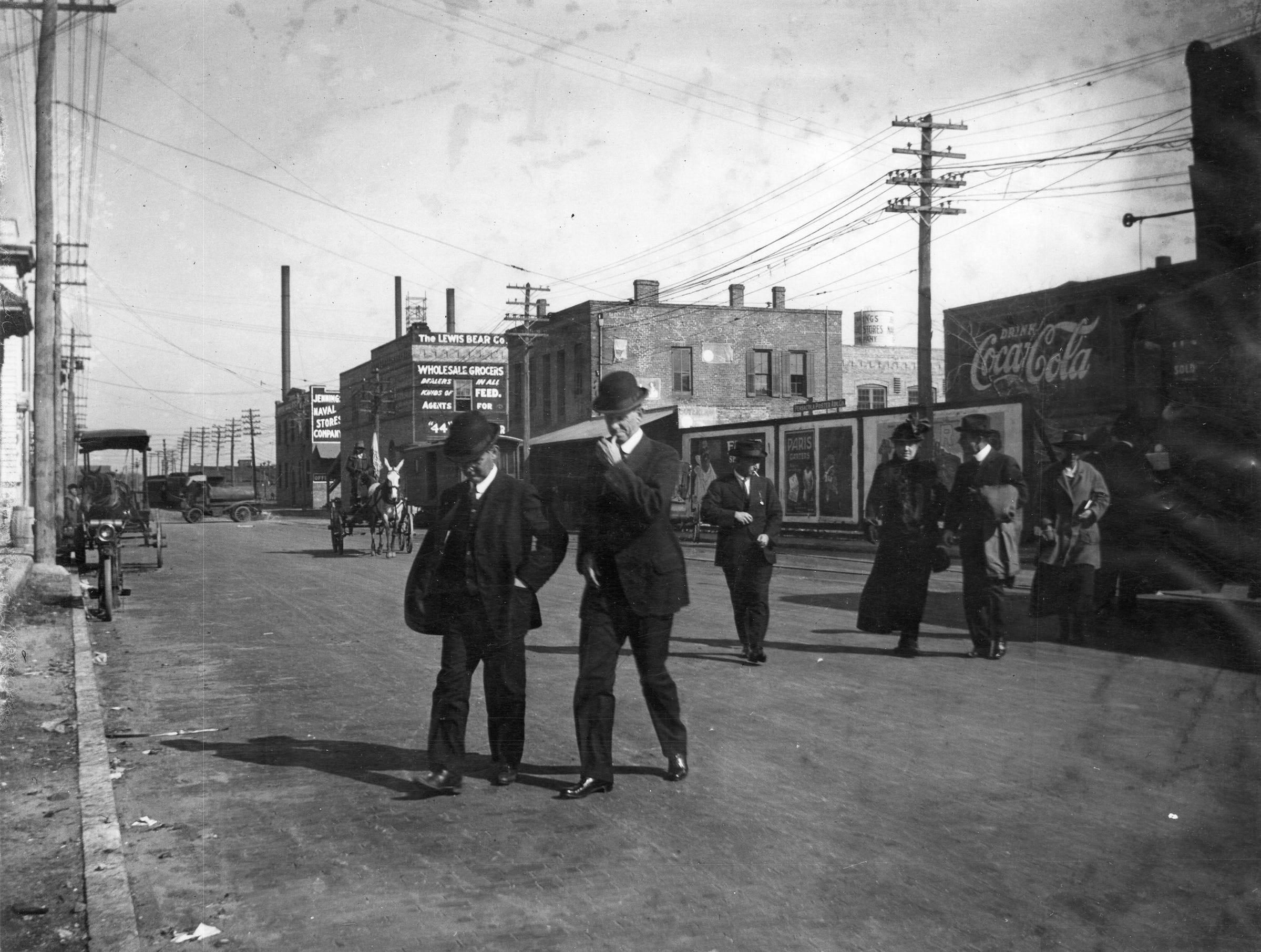 Palafox Street in 1900s.