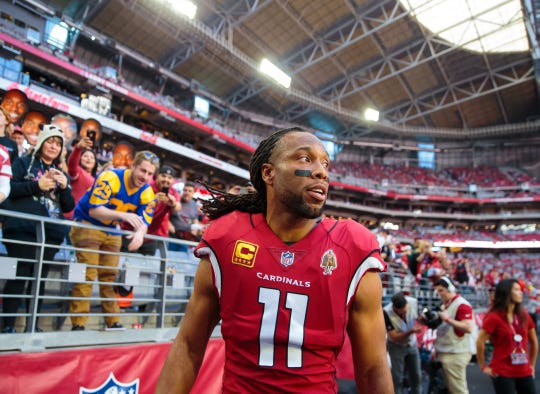 Will Arizona Cardinals wide receiver Larry Fitzgerald return or retire?