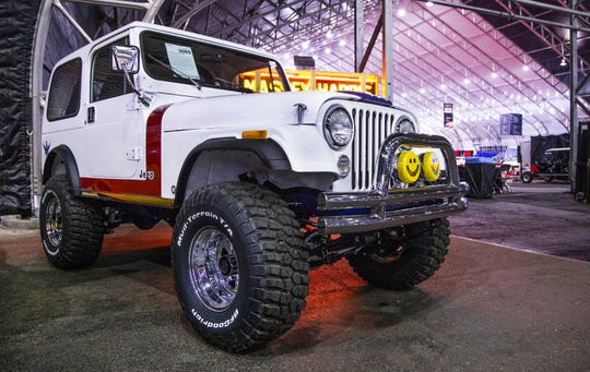 Actor Gary Sinise will auction off his 1981 custom Jeep CJ7 at the 48th Annual Barrett-Jackson Scottsdale Collector Car Auction, which runs January 12-20 at WestWorld. The proceeds will benefit the Gary Sinise Foundation, which helps the military and first responders.